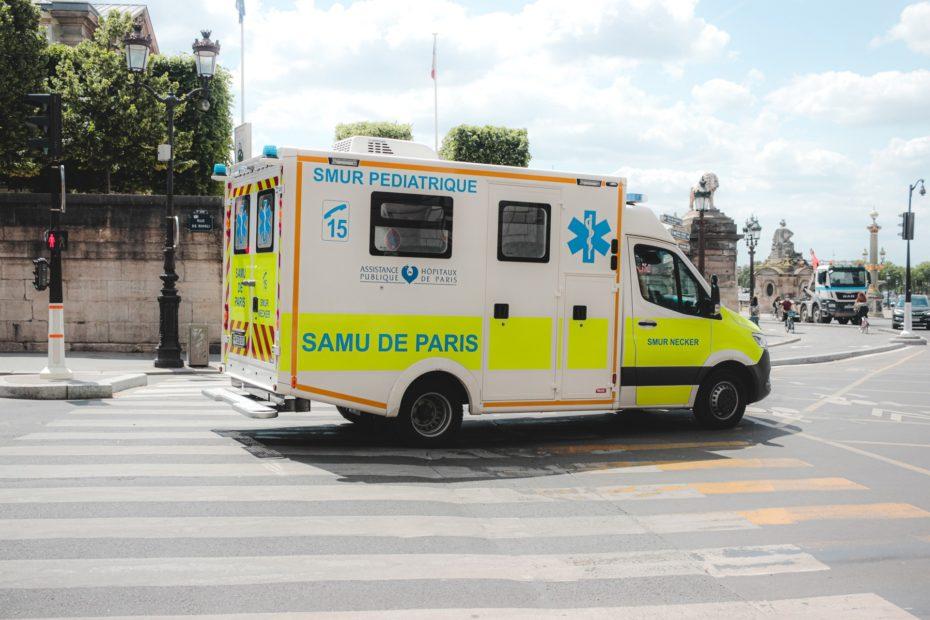 OMA_ambulancier